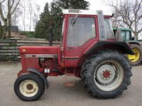 International 745 XL
